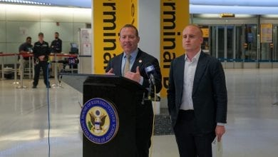 Photo of 2 Congressmen urge TSA to prohibit pressure cookers on airplanes