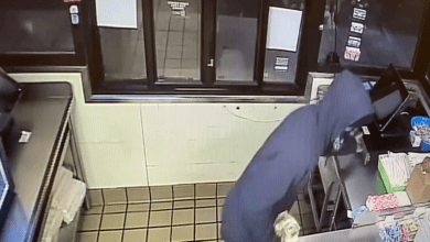 Photo of Hackettstown police investigate burglary at Dunkin' Donuts (VIDEO)