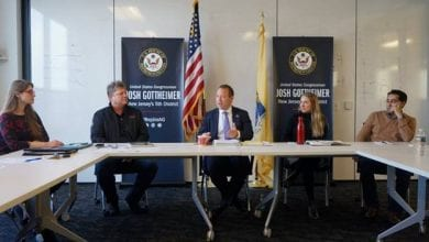 Photo of Gottheimer joins roundtable to close north jersey job skills gap, expand STEM opportunities