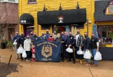 Photo of Hackettstown and Mansfield police hand out Thanksgiving meals for those in need