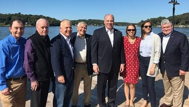 Photo of 3 New Jersey senators tour Lake Hopatcong algae blooms